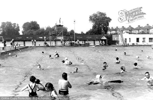Surbiton swimming pool francis frith - Swimming pools in kingston upon thames ...