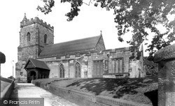 Sutton Coldfield, Holy Trinity Church c.1955