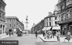 High Street 1932, Sutton