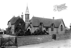 Sutton-on-Trent, The School 1909, Sutton On Trent