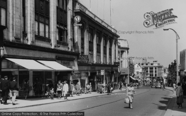Photo of Sutton, Shinners Department Store, High Street c.1960