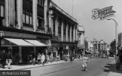 Sutton, Shinners Department Store, High Street c.1960