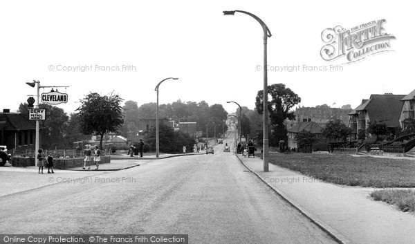 Sutton, Stonecot Hill c1955
