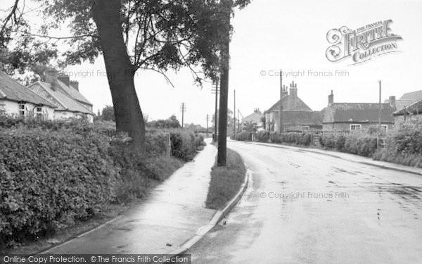 Photo of Sutton Upon Derwent, Main Street c.1960