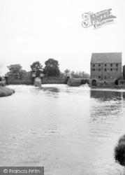 The Weir c.1960, Sutton Upon Derwent