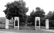 Swadlincote, Park Gates c1955