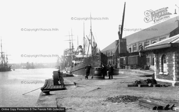 Photo of Swansea, South Dock 1906