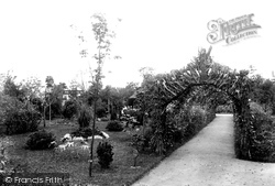 Victoria Park 1902, Swansea