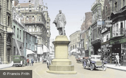 Vivian Statue And Wind Street 1925, Swansea
