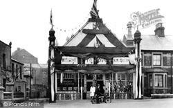 Swindon, Bus Station, Regent Circus c.1924