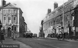 Swindon, High Street And Goddard Arms c.1950