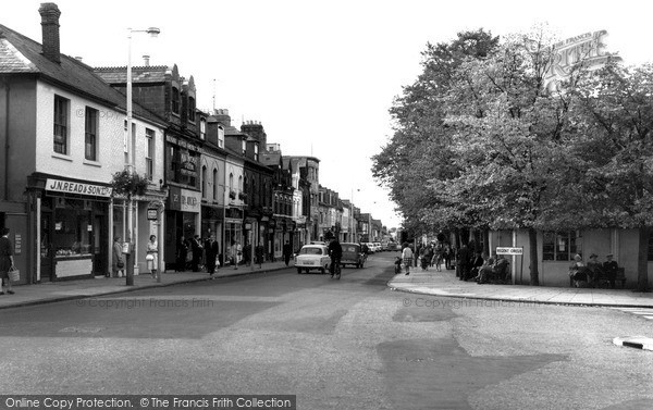 Swindon, Regent Circus And Commercial Road 1961