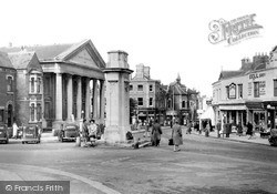 Swindon, Regent Circus And Regent Street c.1950