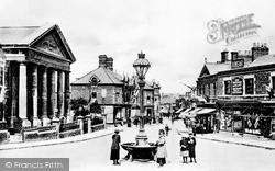 Swindon, Regent Circus c.1902