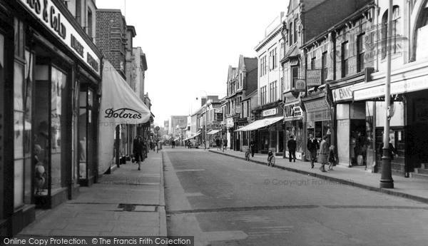 Swindon, Regent Street c1950