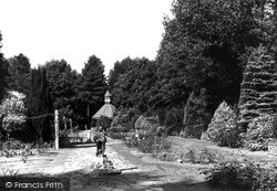 Swindon, The Rose Gardens, Town Gardens 1948