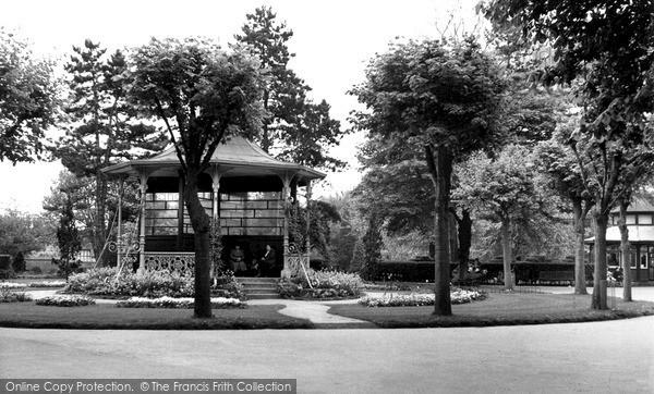 Photo Of Swindon, Town Gardens C.1955