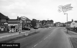 Swinton, Shopping Centre And Kings Head c.1965