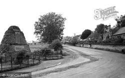 Swinton, The Memorial c.1950