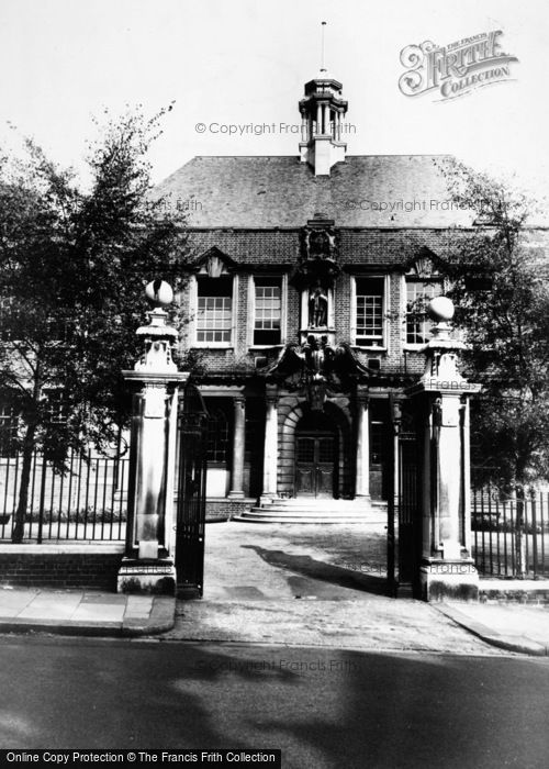 Photo of Swiss Cottage, Frognal University c.1965