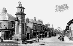 Syston, The Memorial And High Street c.1960