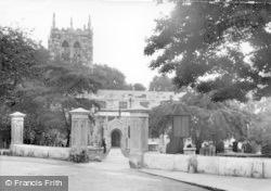 Tadcaster, St Mary's Church c.1955