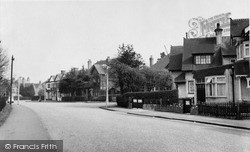 Tadworth, High Street c.1955