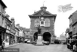 Tamworth, The Town Hall c.1950