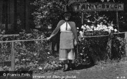 Lady Station Mistress c.1950, Tan-Y-Bwlch