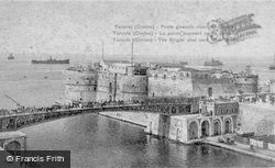 The Bridge, From The Canal c.1917, Taranto
