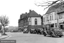 c.1950, Tattenham Corner
