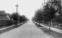 Merland Rise c.1955, Tattenham Corner
