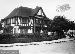 Restaurant c.1955, Tattenham Corner