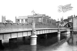 Bridge 1902, Taunton