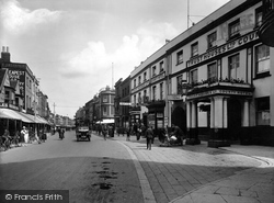 East Street And The County Hotel 1925, Taunton