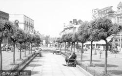 Taunton, High Street From Market Hall c.1960