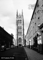 Taunton, St Mary Magdalene Church c.1950