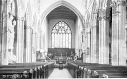 Taunton, St Mary's Church Interior c.1960