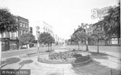 Taunton, The Parade c.1950