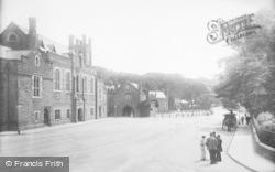 Tavistock, Bedford Square 1903
