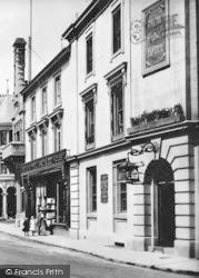 Tavistock, New Market Hotel 1910