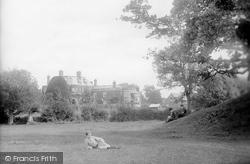 Tenbury Wells, Swan Hotel And Barrow 1892