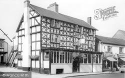 Tenbury Wells, The Royal Oak Hotel c.1960