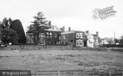 Tenbury Wells, The Swan Hotel c.1950