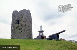 Castle Hill, Albert Memorial And Keep Ruins c.2000, Tenby