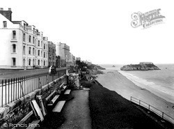 Tenby, The Esplanade, South Sands And St Catherine's Rock c.1925
