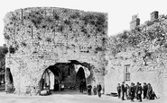 Tenby, the Five Arches 1890