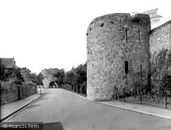 Tenby, Town Walls 1925