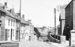 Tetbury, Gumstool Hill c.1955