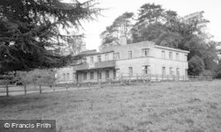 Tetbury, Westonbirt School Sanatorium c.1960